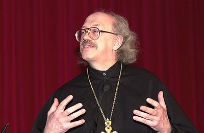 о. В.Федоров на заседании комитета ВСЦ в Потсдаме, 2001 г.