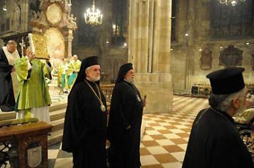 Месса в соборе св. Стефана. Вена, 26 сентября. Митр. Иоанн Пергамский