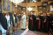 Литургия в Свято-Троицкой греческой церкви в Вене. 26 сентября. Кардинал Шенборн и архиеп. Кох - в первых рядах