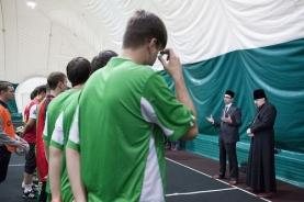 Перед матчем выступили о. Иоасаф (Полуянов) и представитель Совета муфтиев России Камиль Маннапов