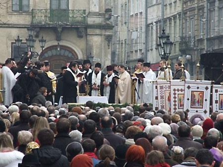 Экуменическое водосвятие во Львове 19 января 2012 г.