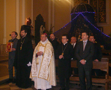В первом ряду слева направо: Игорь Ковалевский, о. Димитрий Сизоненко, Паоло Пецци, Дитрих Бауэр