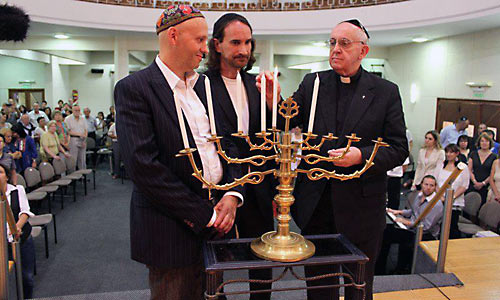 http://antimodern.files.wordpress.com/2013/03/ba_synagoge.jpg?w=562