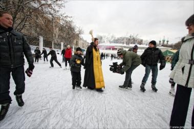Освящение православного катка. Январь 2012 г.
