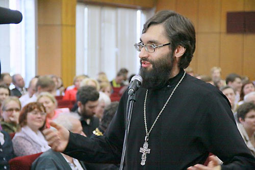 Митрополит Волгоградский и Камышинский Герман поздравил Свято-Филаретовский институт с 25-ти летием.