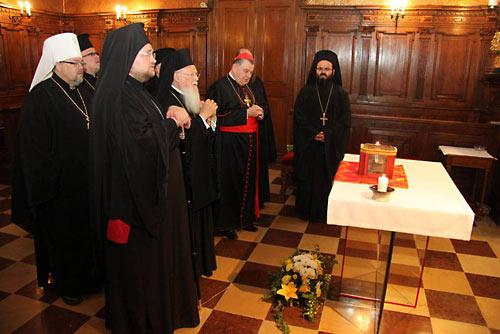 23 мая 2013 года, Прага. Экуменическое моление во время визита Патриарха Константинопольского Варфоломея в Чехию.