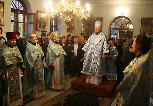 12-13 октября глава модернистской секты о. Георгий Кочетков посетил Кишинев.