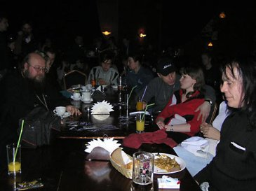 """""""Миссия"""" в ночном клубе. О. Сергий (Рыбко) в «Меццо-форте». 2009 г."""