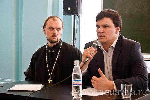 Отец Илия Макаров и Денис Туголуков.