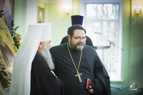 Митр. Варсонофий и отец Георгий Митрофанов.